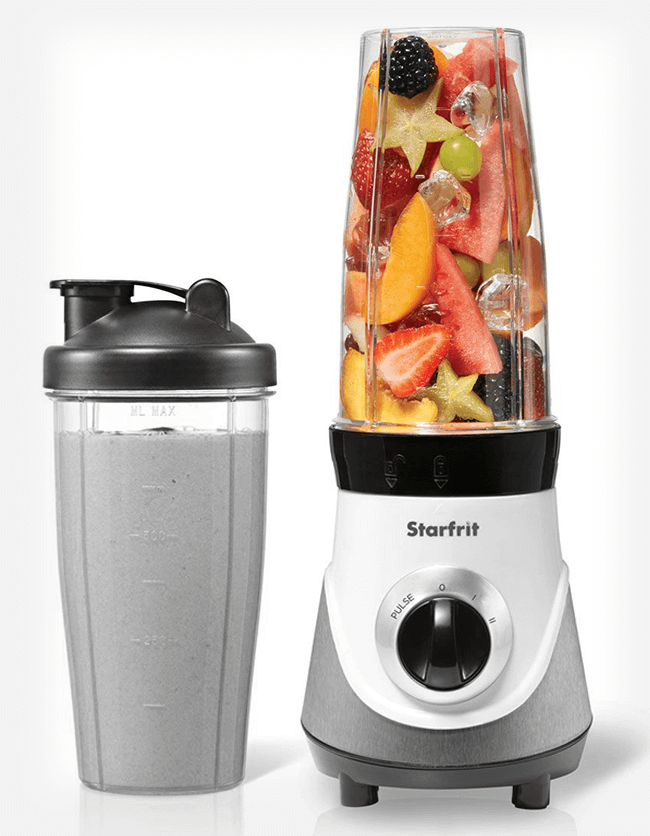 Blender and smoothie