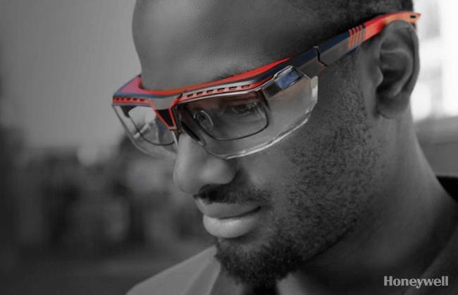 Man wearing Honeywell eye protection